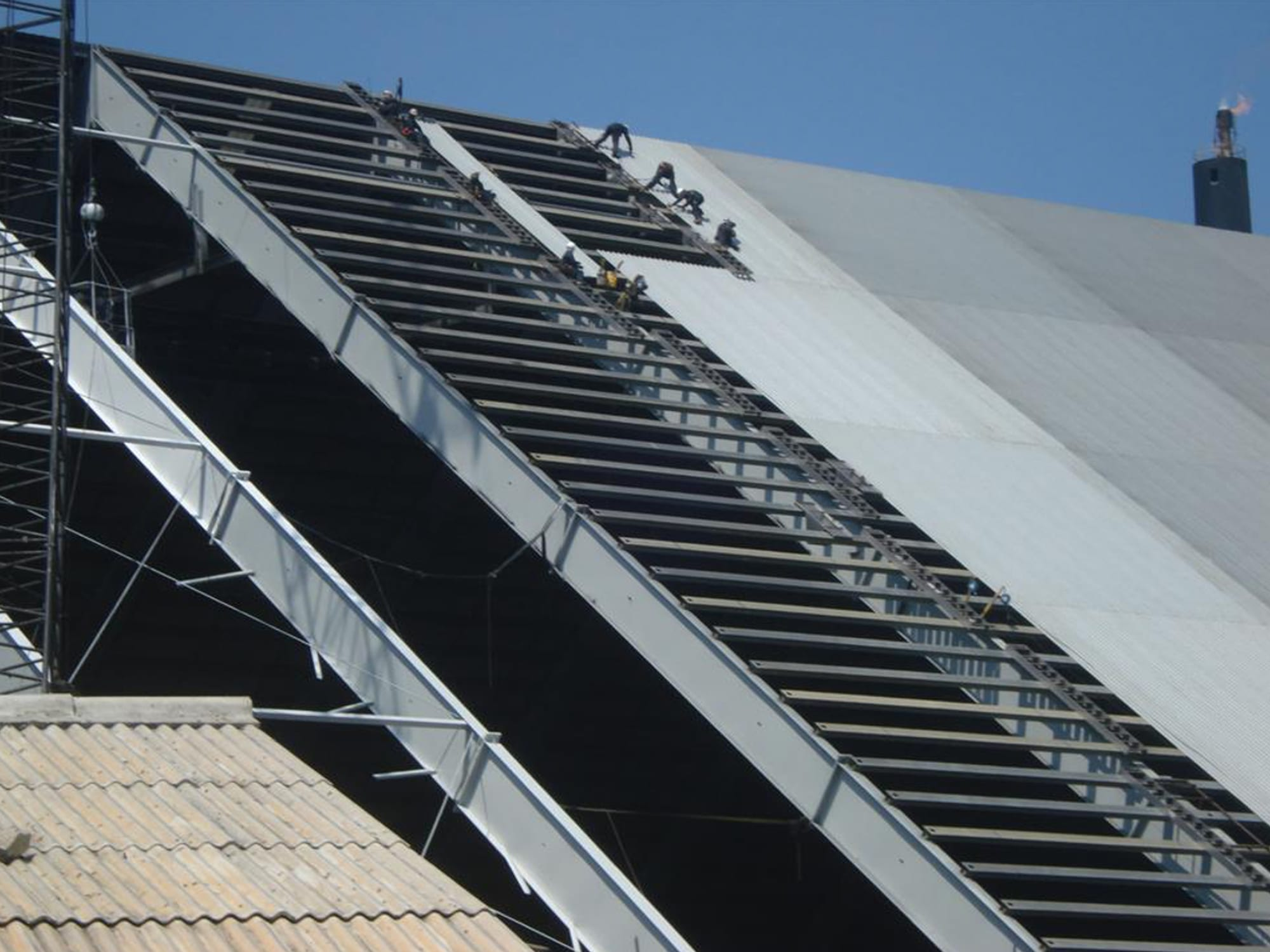 csm industrial steep roof project at valero